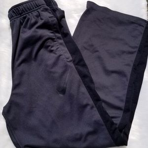 Nike Dri-Fit Boys XL Sweat Pants